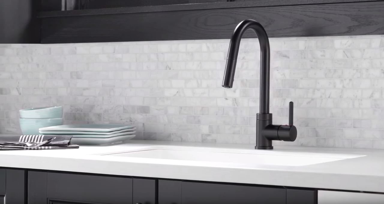 Single Handle Pull-Down Faucet